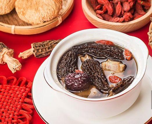 羊肚菌炖汤最佳做法,羊肚菌搭配什么煲汤好
